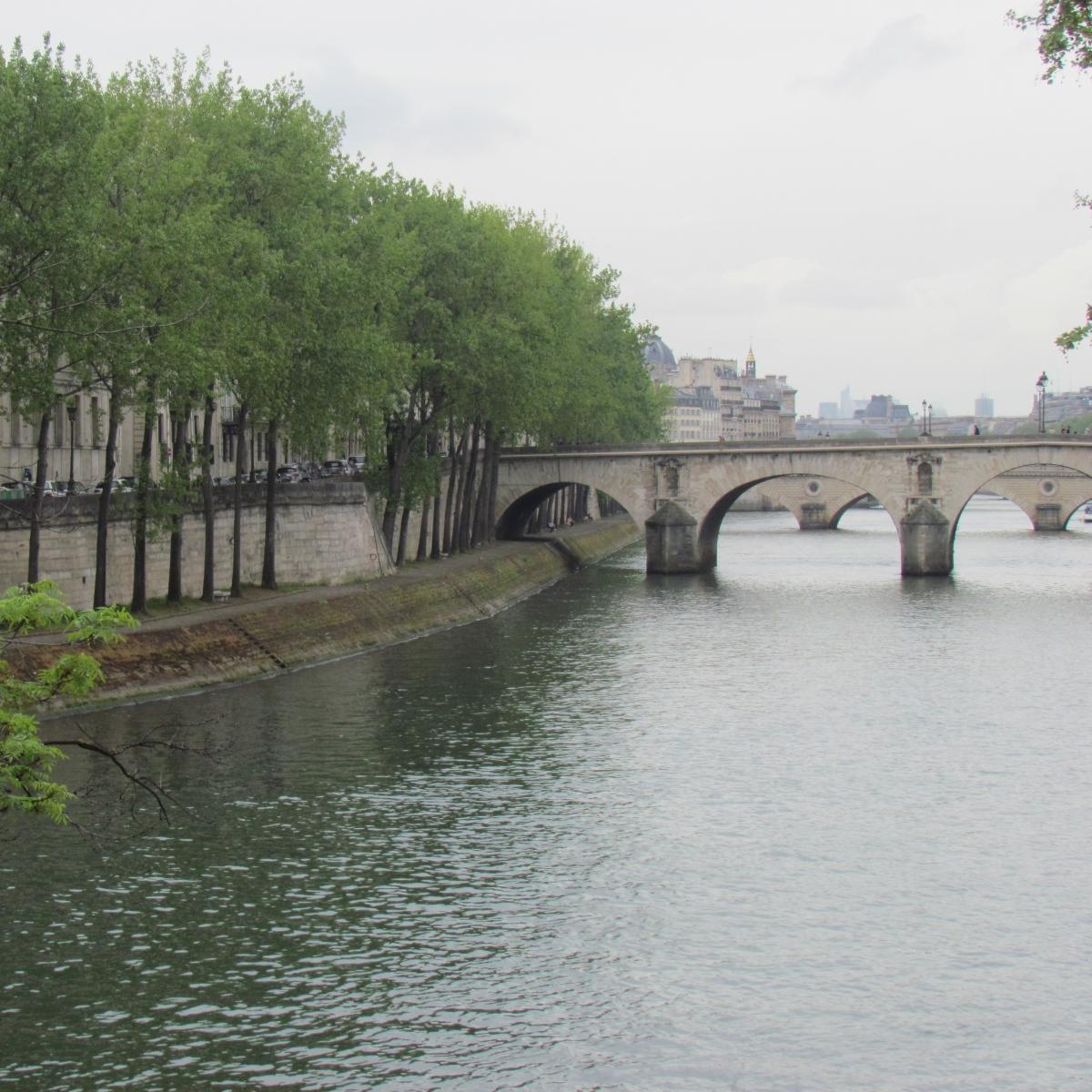 Paris_square